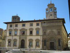Arezzo, Piazza Grande - Palazzo di Fraternita