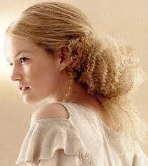 Resultados da pesquisa de http://www.curly-hair-styles-magazine.com/images/wedding-hair-up-dos-for-curly-hair-09.jpg no Google