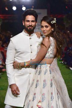 Shahid Kapoor & Mira Rajput walk for Anita Dongre's show at Lakme Fashion Week 2018 Lilac Bridesmaid Dresses, Desi Wedding Dresses, Wedding Dress Men, Wedding Men, India Fashion Week, Fashion Week 2018, Lakme Fashion Week, Fashion Fall, Boy Fashion