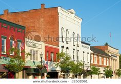 The charming old-fashioned Main Street of Chagrin Falls Ohi