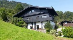 Ferienwohnung Hergesell Marktschellenberg Set in Marktschellenberg, this apartment is 13 km from Salzburg. The unit is 45 km from Saalbach Hinterglemm. Free WiFi is featured and free private parking is available on site. A microwave and a toaster can be found in the kitchen.
