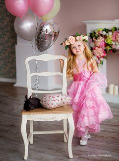 Зефирная Маша Children's photography, Family photography, Mariya Mikhaylyuk Photography, Girls Portraits, Outdoor Portraits, kids portraits, rabbit