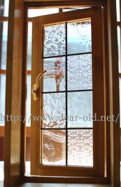 No.3985 【採光窓】 たて滑り出し窓・ステンドグラス仕様 H600×W300×D170/パイン色DearOld様ご連絡が遅くなりましたが採光窓が届きま…