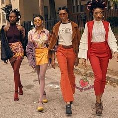 Retro Fashion More on The Zeal Life: 'Ignominy Prohibited,' A Fashion Vignette fashion editorial fashion - The Zeal Life Presents its first fall/winter editorial Ignominy Prohibited, A Fashion Vignette surrounding the beauty of black hair. 70s Outfits, Vintage Outfits, Cute Outfits, Fashion Outfits, Fashion Trends, Fashion Vintage, Fashion Ideas, Fashion Tights, Jeans Fashion