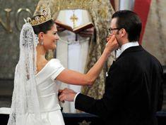 http://inredningsvis.se/brollop-pa-inredningsvis/  Royal weddings