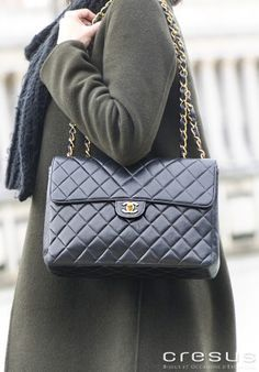 42f5ed6a90 Maroquinerie de luxe Timeless d'occasion Cresus. Sac Chanel Timeless Jumbo