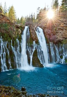 ✯ Burney Falls - One Of The Most Beautiful Waterfalls In California