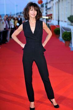 Le style de Sophie Marceau: en combinaison au Festival de Cabourg