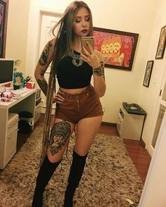 symbols and tattoos and girls on bikes Hot Tattoo Girls, Tattoed Girls, Inked Girls, Hot Tattoos, Body Art Tattoos, Girl Tattoos, Tatoos, Victoria Macan, Geniale Tattoos