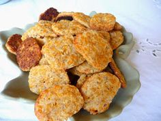 These crackers are great with my Roasted Red Pepper, Tomato and Cheddar Soup.        CHEDDAR CHEESE SNACK CRACKE...