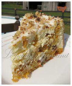 Vous aimez le gâteau au fromage et le gâteau aux carottes?!? Hé bien cette recette-ci allie les 2 en un seul et même dessert. Le résultat...
