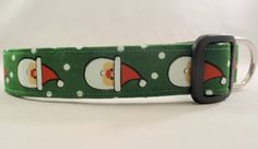 Awesome Santa Claus on Green With White Polka Dots Dog collar