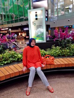 My Hijab & Me ~ By ArieAnoy At Changi International Airport Singapore (October 2014)