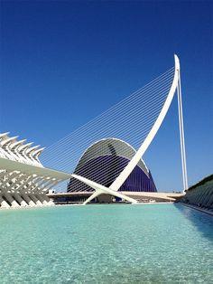 Un grand complexe à ne pas louper si vous venez à Valencia : la Cité des Sciences et des Arts ! #VoyagerCPartager