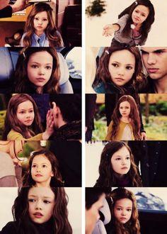 'Breaking Dawn Part Twilight Renesmee, Twilight Saga Books, Twilight Quotes, Twilight Saga Series, Twilight Edward, Twilight Cast, Edward Bella, Twilight Pictures, Twilight Movie