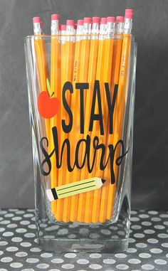 Pencil Holder Teacher Gift Idea {tutorial}