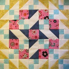 how to make a quilt pattern block by The Quilt Ladies