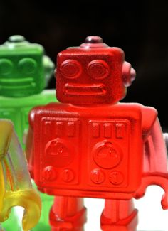 4 Robot Soaps / Party Favors with Wind-up Keys