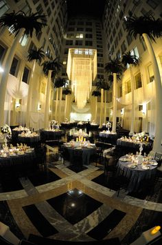 Atrium And Marble Floor Www Helenstevensonphotography Curtis Center Wedding Day