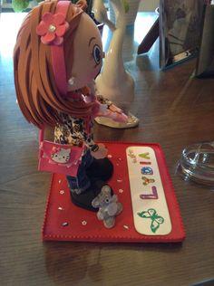 Detalle de bolso Hello Kitty