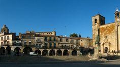 La localidad cacereña de Trujillo es una bella ciudad medieval que ofrece a quienes la visitan un rico patrimonio histórico-artístico.