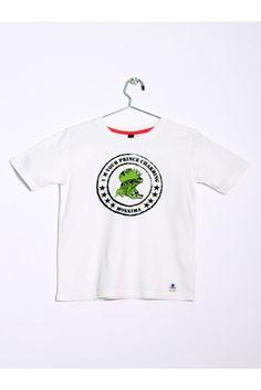 "Camiseta de manga corta blanca. Estampada con rana punk y texto ""I´m your prince charming"". www.mokkima.com"