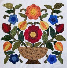 Vintage vase needleturn appliquée