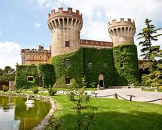 """CASTLES OF SPAIN - Castillo de Peralada(Gerona). En 1285, durante la invasión francesa del Ampurdán, el castillo fue destruido y la población incendiada. A mediados del siglo XIV fue reconstruido. En 1472, durante la """"Guerra de los Remences"""" (sublevación campesina contra los señores feudales aragoneses), Juan II de Aragón, volvió a invadir y ocupar el castillo. En 1599, en este castillo, el vizconde Francesc Jofre de Rocabertí fue investido conde de Peralada por Felipe III de España."""