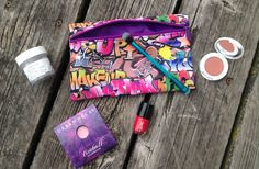 #juneglambag #ipsy unbagging! Check out my blog post to see what I got in my June ipsy!