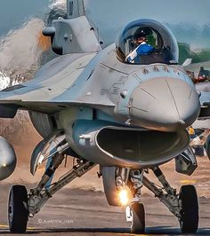 """🇳🇱LOEN en Instagram: """"F-16C 🇬🇷Hellenic Air…"""" Airplane Fighter, Fighter Aircraft, Fighter Jets, Hellenic Air Force, F 16 Falcon, Army & Navy, Beautiful Lines, Military Aircraft, Airplanes"""