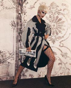 "Moschino on Instagram: ""🖤🖤🖤 #Repost @ageofaquaria ・・・ Extra! Extra!! 🗞 wearing @moschino by @jeremyscott 📰 #moschino #aquaria"" Sexy Legs, Moschino, Aquarium, Stockings, Punk, How To Wear, Instagram, Tops, Style"