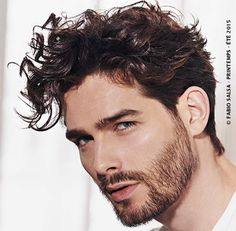 Herrenfrisuren: 50 Fotos mit trendigem Look! Beard Styles For Men, Hair And Beard Styles, Curly Hair Styles, Undercut Hairstyles, Boy Hairstyles, Cool Haircuts, Haircuts For Men, Male Curly Hair, Hair Styles 2016