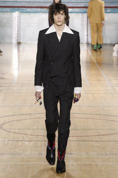 Vivienne Westwood Fall 2017 Menswear Collection Photos - Vogue