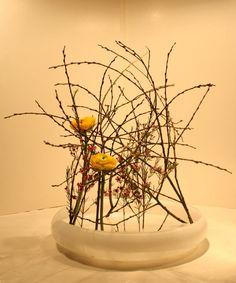 Ikebana (Blumenarrangement)