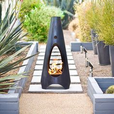 A fire pit ideas can be the centerpiece to a backyard landscape. Check out some of these cool fire pit ideas for your next backyard project. Backyard Garden Landscape, Small Backyard Gardens, Modern Backyard, Backyard Ideas, Patio Ideas, Big Backyard, Desert Landscape, Landscaping Ideas, Garden Landscaping