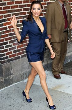 Spring Trend: Eva Longoria shows off her legs in a chic navy shorts suit