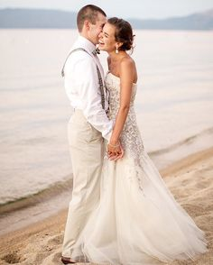 Cheers to summer #beachwedding inspiration - lots more of this coming your way in the next few weeks but this chic #LakeTahoe wedding is definitely a favorite!  Photography by @mikelarson | Event Planning by One Fine Day Events | Wedding Dress by @houseofherrera