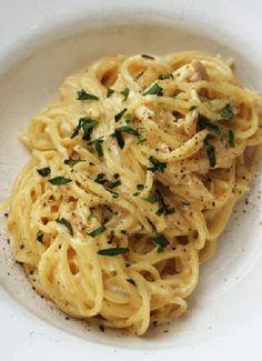 Low FODMAP & Gluten free Recipe - Chicken & tarragon pasta