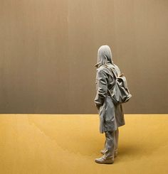 Italian artist Peter Demetz has a gift for breathing life into wood, a material that seems hard and lifeless to most of us. His wooden sculptures of people are flawlessly life-like. Demetz's precise and perfect mastery of human anatomy makes his sculptures look like paintings or sketches, and his wonderful compositions and sense of perspective help perpetuate this illusion.