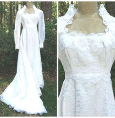 Wedding Dress Size XSmall Lace Beaded Vintage 80s Princess White Formal