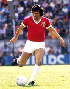 Elias Figueroa, Internacional (1972-1976)
