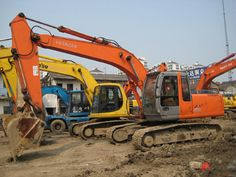 At Allsites Excavations we are a licensed specialist excavation and earthmoving company, totally dedicated in providing a wide range of competitive services to the domestic, commercial, construction and civil industries needs. Commercial Construction, Civilization, Customer Service, Tractors, Work Hard, Budget, Industrial, Advice, Places