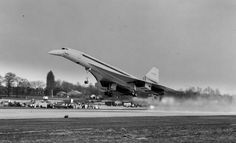 Concorde taking off from Filton