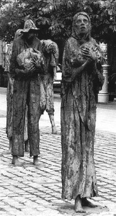 Irish Female Convicts Transported to Australia in Convict Ship 1848 Memorial to the Victims of the Famine in Dublin Ireland Erin Go Braugh, Irish Famine, Dublin Ireland, Tipperary Ireland, Irish Pride, Cemetery Art, Women In History, Celtic, Sculptures