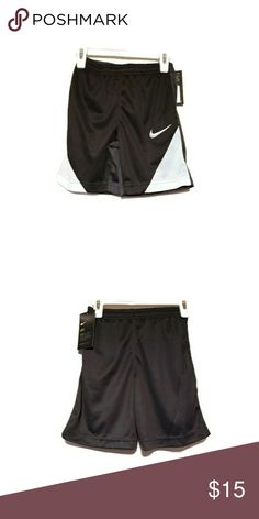 Shop Kids' Nike Black White size Shorts at a discounted price at Poshmark. Description: Nike Dri-Fit Shorts Boys Size 6 Color: Black and White NWT. Nike Dri Fit Shorts, Workout Shorts, Black Shorts, Black Nikes, Color Black, Casual Shorts, Black And White, Medium, Best Deals