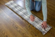 DIY Dog Ramp for the Bed | HGTV Dog Ramp For Stairs, Dog Steps For Bed, Dog Ramp For Bed, Diy Dog Bed, Pet Stairs, Diy Bed, Cat Ramp, Dog Accesories, Cool Dog Houses