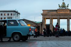 berlín berlin německo trabant braniborská brána brandenburg tor brandenburg gate