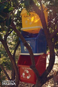 Contenedores de reciclaje prácticos y coloridos para separar los residuos en cualquier ambiente. Landline Phone, Recycling Bins, Remainders, Pull Apart, Recycled Materials, Tin Cans, Glass