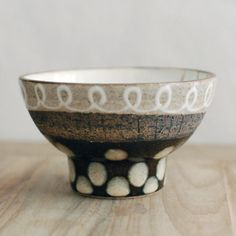 Lovely ... don't know the maker, must be Japanese?