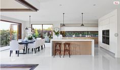 Open Plan Kitchen Living Room With Island Interior Design Open Plan Kitchen Living Room, Open Plan Living, Open Kitchen, Kitchen White, Küchen Design, House Design, Interior Design Gallery, Cuisines Design, Kitchen Interior